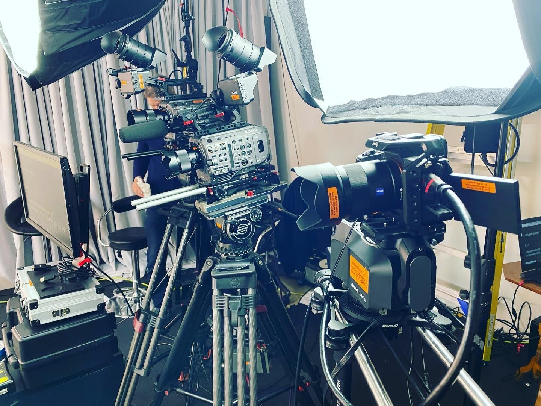A7smkiii on Rhino Arc2 slider & 2 x FX9 cameras