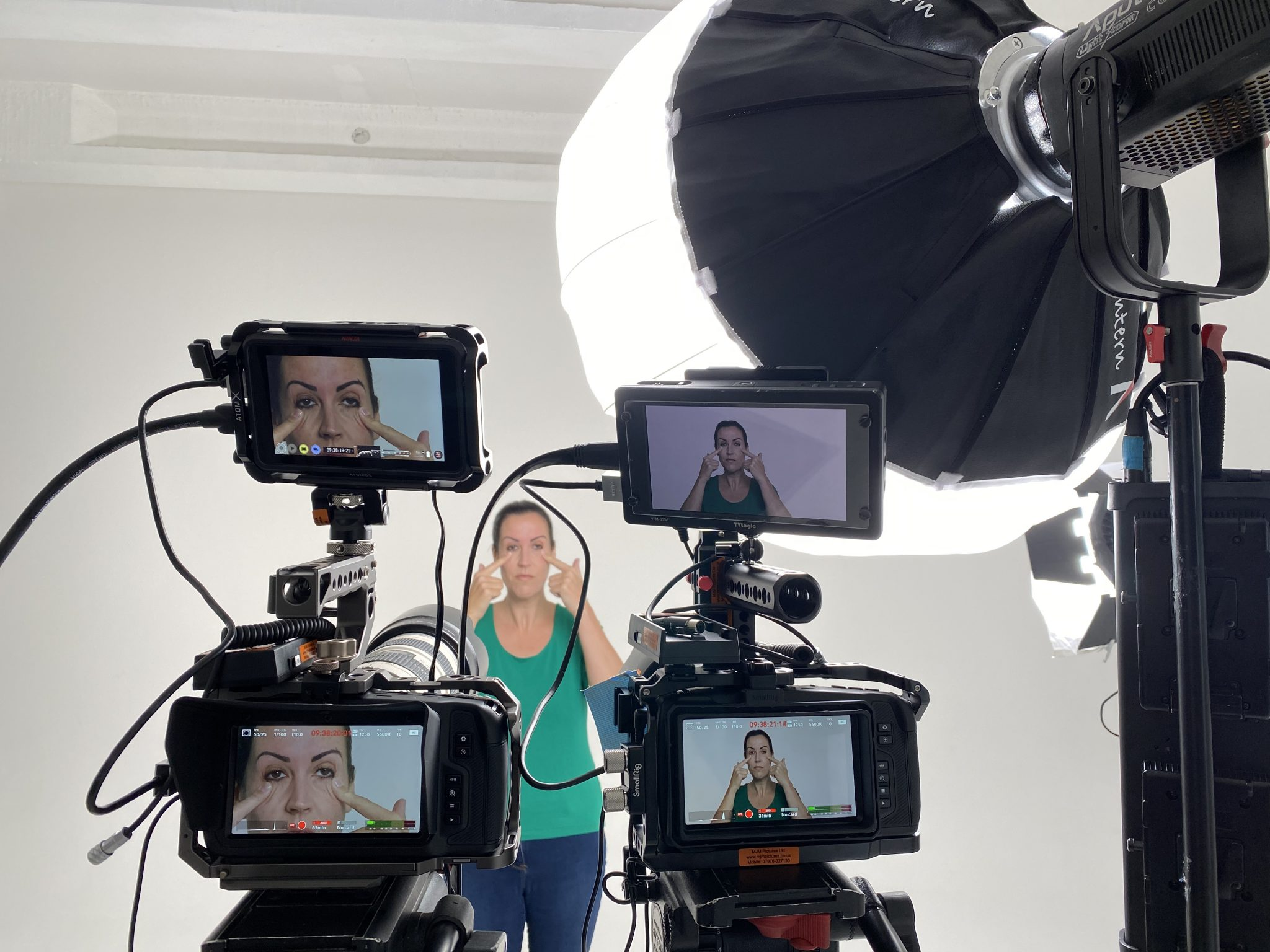 2 x Blackmagic 6K Pocket cine cameras